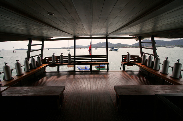 DIva Andaman Liveaboard Dive Deck