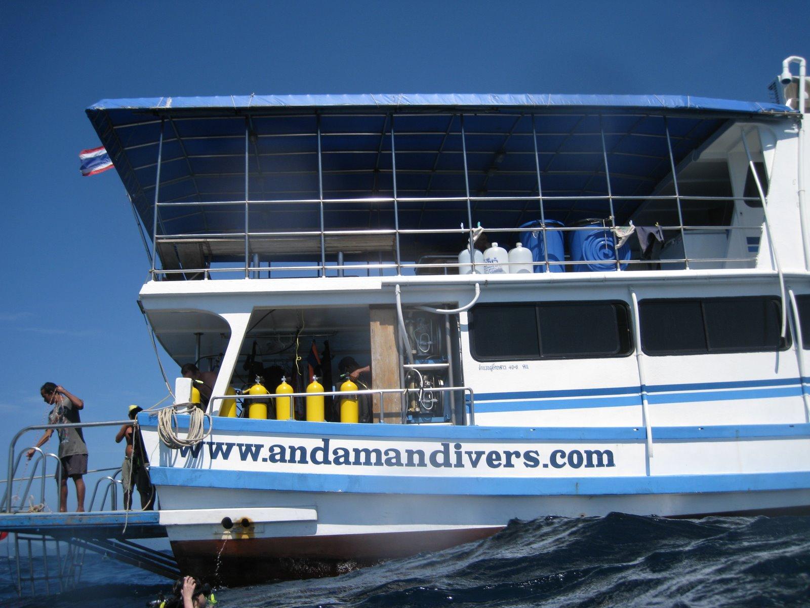 Daranee Liveaboard Dive Deck
