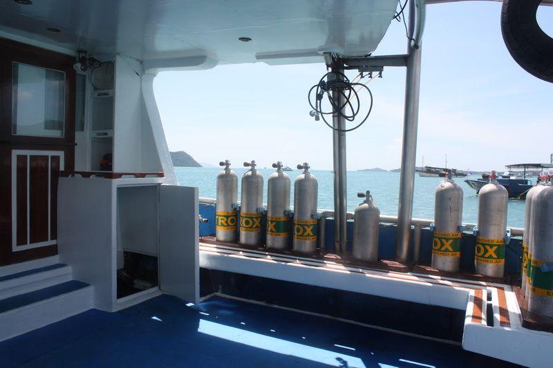 scuba adventure liveaboard dive deck