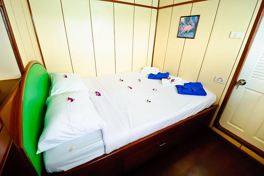 Somboon 4 Liveaboard cabin