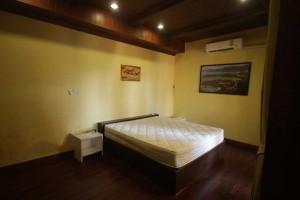 camp de surf à Phuket logement chambre