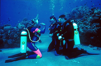 Best dive center Padi Discover Scuba Diving