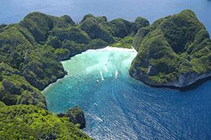 phuket scuba diving Phi-Phi