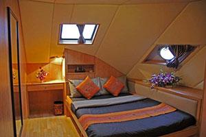 Panunee Liveaboard Suit Cabin