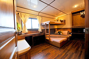 White Manta Liveaboard Deluxe Double