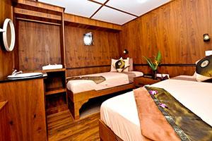White Manta Liveaboard standard cabin