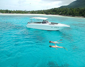Racha Yai Snorkeling Day Trip boat snorkeling