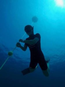 PADI Basic Freediver Phuket - Diver in boat